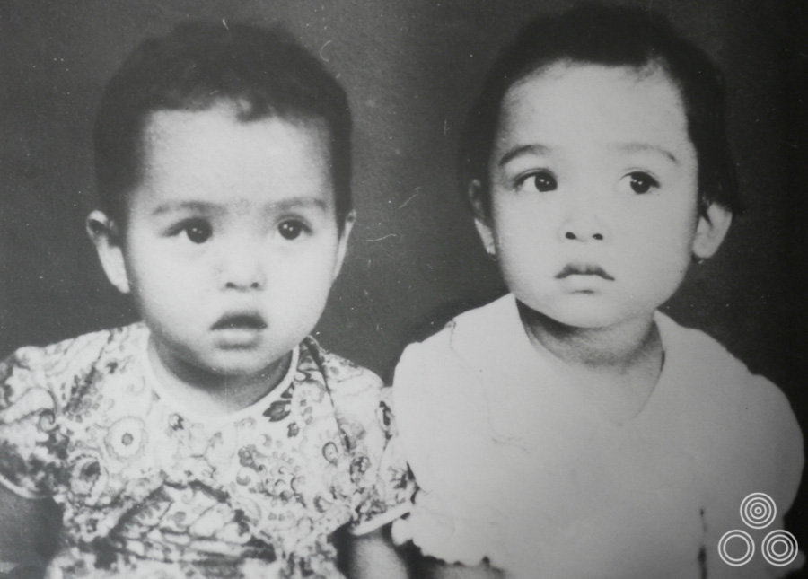 Shirley Chantrell (right) and her sister Wai-Chee, aged around 2 years old in 1946.